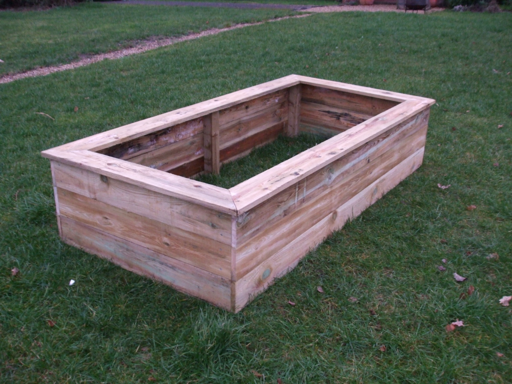 The raised bed and pond company raised beds and raised for Raised garden pond ideas uk